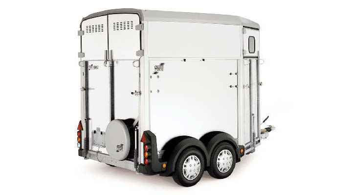White Ifor Williams Horsebox HB403